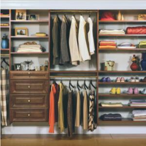 Как да изберем гардероб за малка спалня?